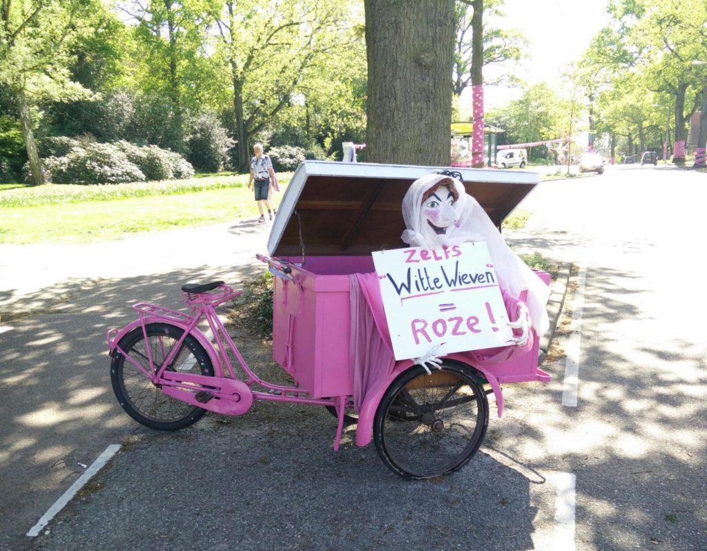 Giro 27 zelf Witte Wieven = Roze