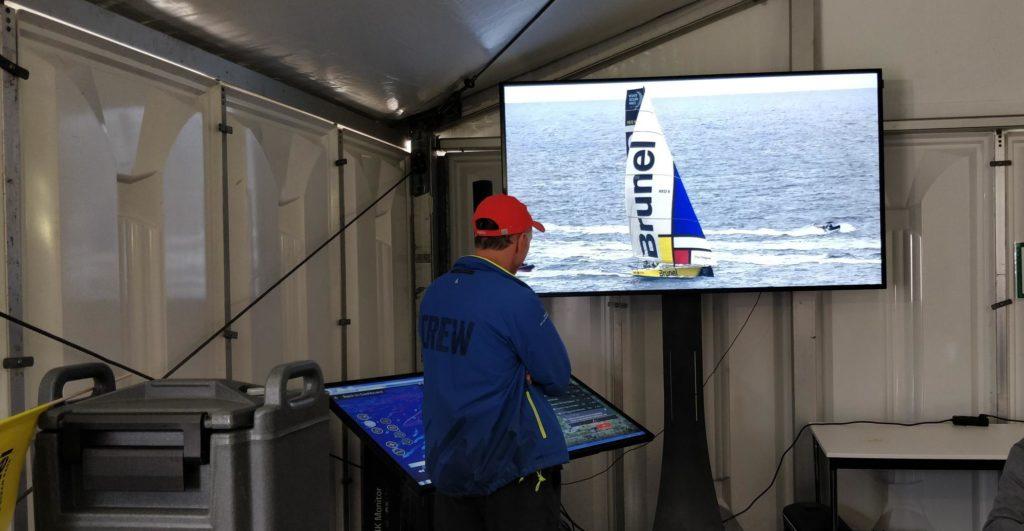 Finish Volvo Ocean Race Den Haag Scheveningen 2018 Brunel met het Mondriaanvoorzeil