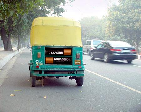 Batterij in Tuktuk