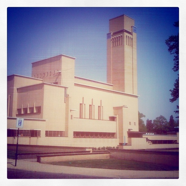 Raadhuis Hilversum instagram @marijnk marijnkrijger.nl