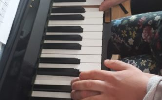 piano met Anna Sophie